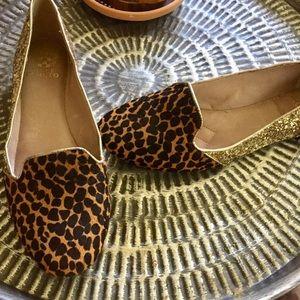 Vince Camuto leopard & gold glitter flats Sz 9.5